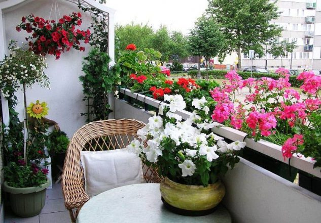 luxury and stylish balcony designs