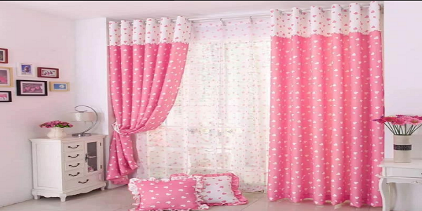 rose-colour-curtains-bedroom-look-bigger