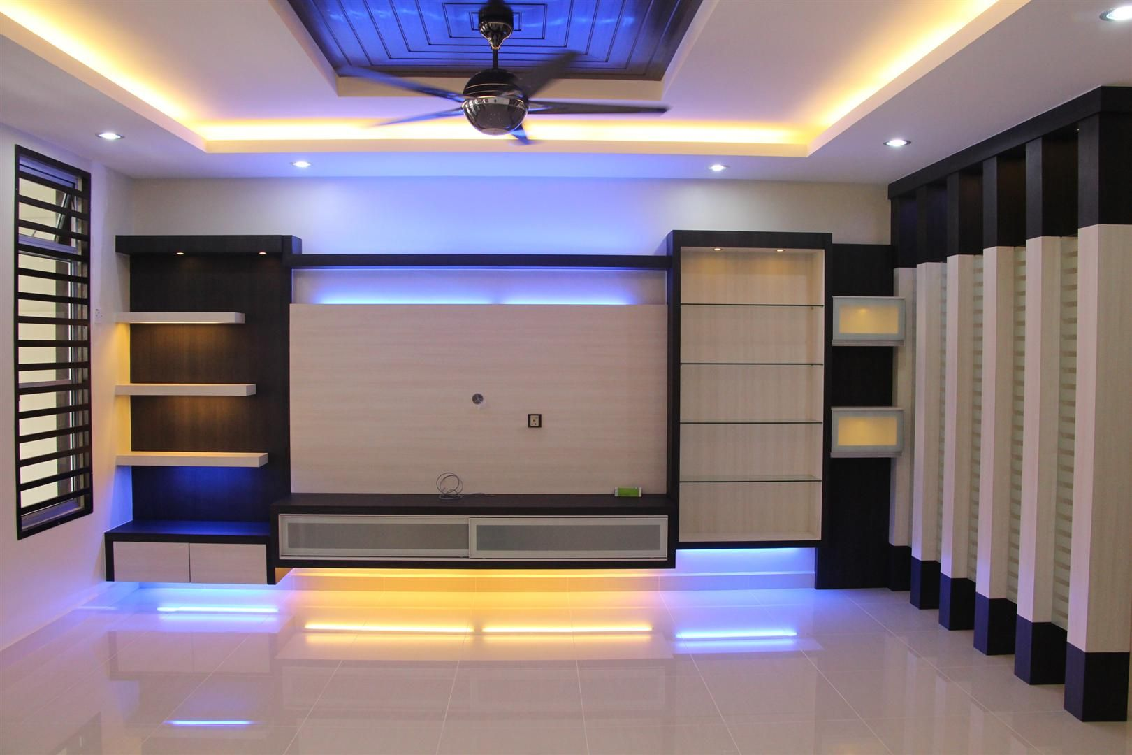 TV UNIT FOR ENTRANCE HALL