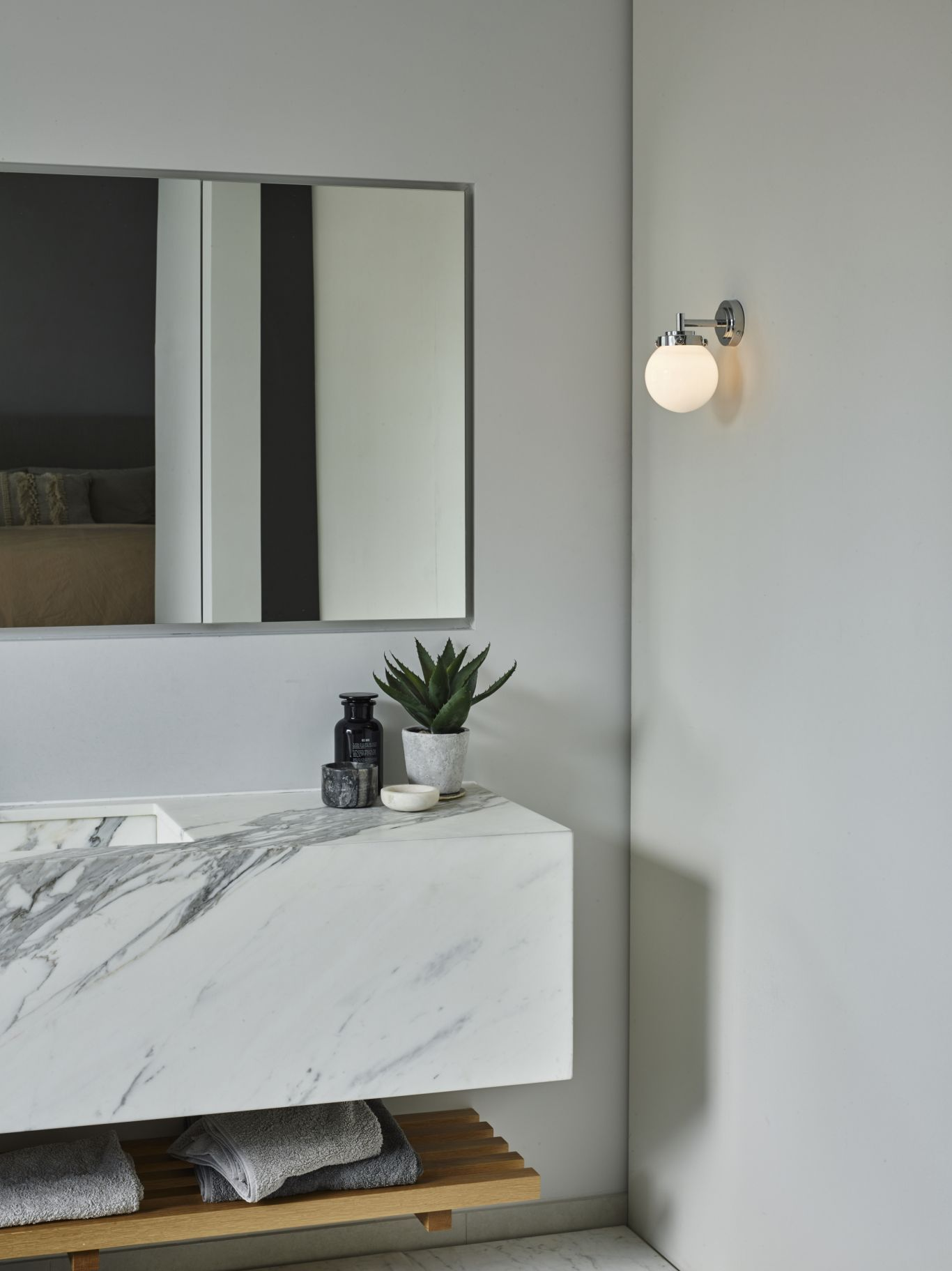bathroom Mirror and light design ideas